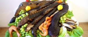 Kompozycja ryb wędzonych